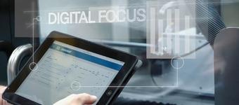 Towards autonomous, customised and competitive zero defect manufacturing