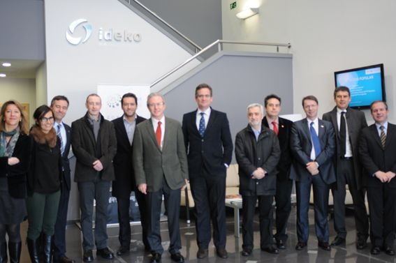 A delegation of the Basque PP, presided over by Antonio Basagoiti, visited the IK4-Ideko facilities.