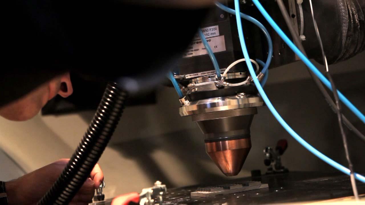 Sistemas inteligentes de fabricación para piezas metálicas de alta complejidad