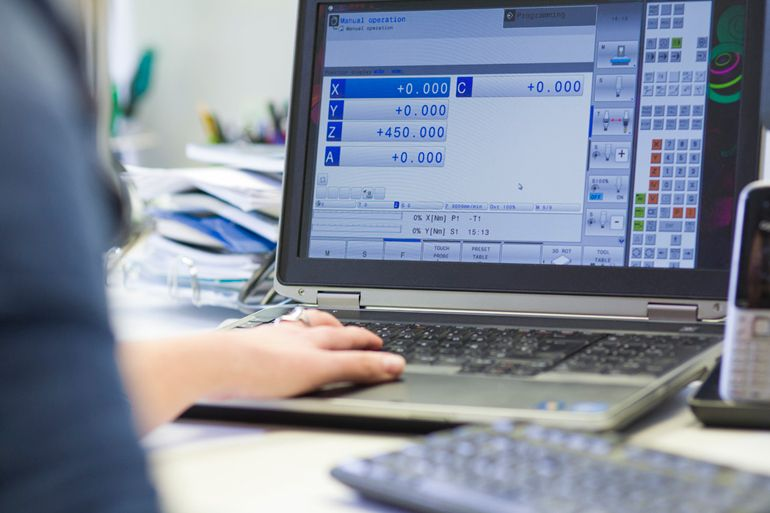CNC laboratorio fabricación digital