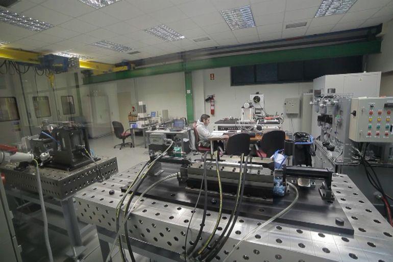 laboratorio ensayo componentes